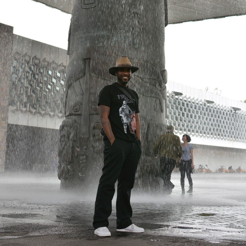 Phoenix James visits the Teotihuacan Pyramids and The National Museum of Anthropology in Mexico-13