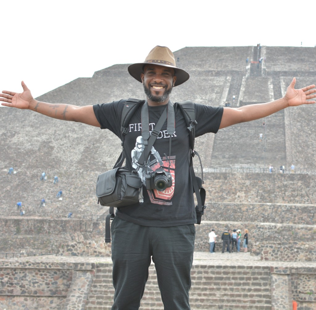 Phoenix James visits the Teotihuacan Pyramids and The National Museum of Anthropology in Mexico-14