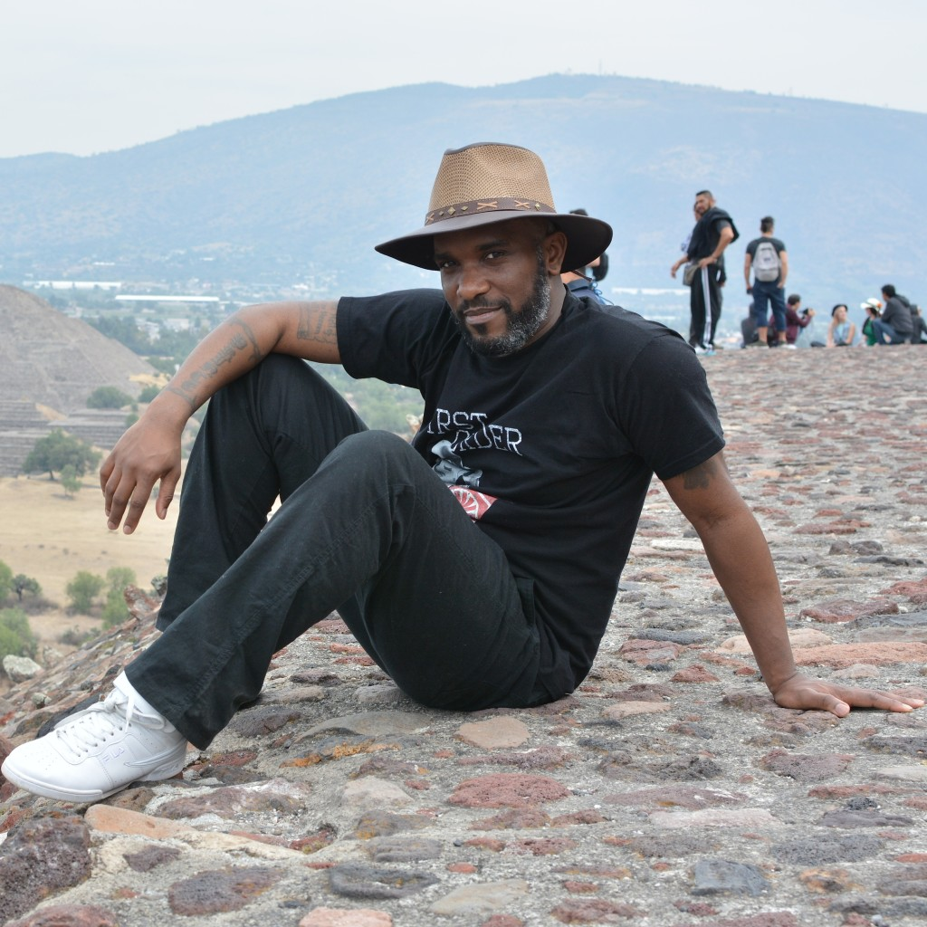 Phoenix James visits the Teotihuacan Pyramids and The National Museum of Anthropology in Mexico-5